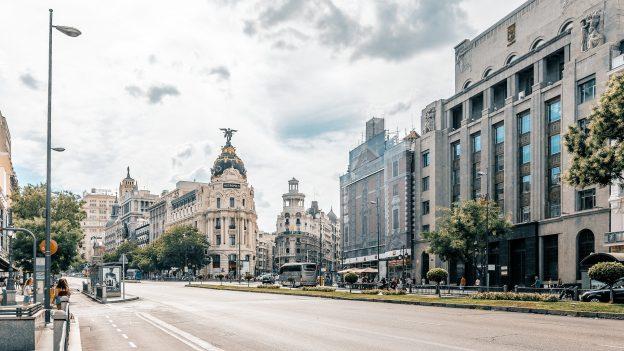 9 levných letenek na červen do 999Kč: Barcelona, Madrid, Mallorca nebo Chorvatsko