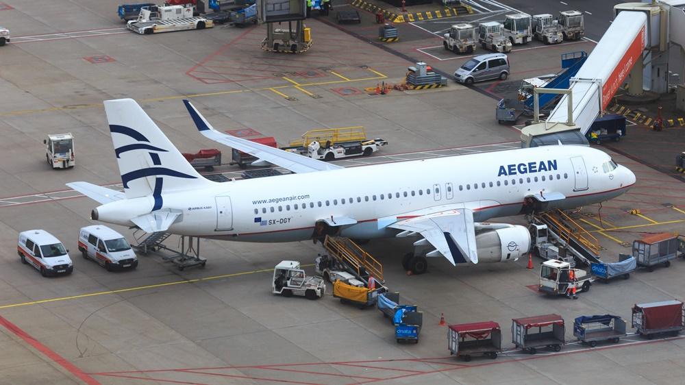 Aegean Airlines   © Richair - Dreamstime.com