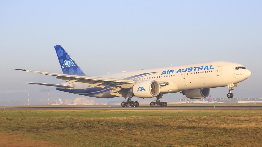 Air Austral | © Mike Fuchslocher | Dreamstime.com
