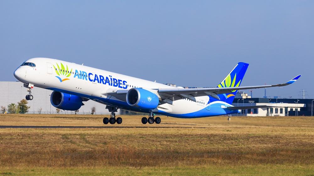 Air Caraibes | © Mike Fuchslocher | Dreamstime.com