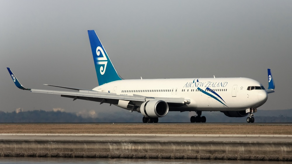 Air New Zealand | © Gordon Tipene | Dreamstime.com