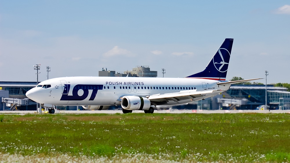 LOT Polish Airlines | © Anton Volynets - Dreamstime.com