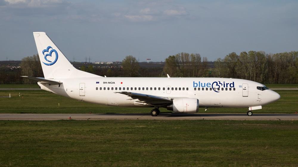 Bluebird Airways | © Jozsef Soos | Dreamstime.com