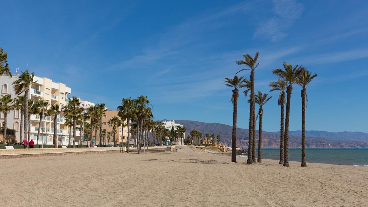Dovolená Costa de Almeria   © Acceleratorhams   Dreamstime.com