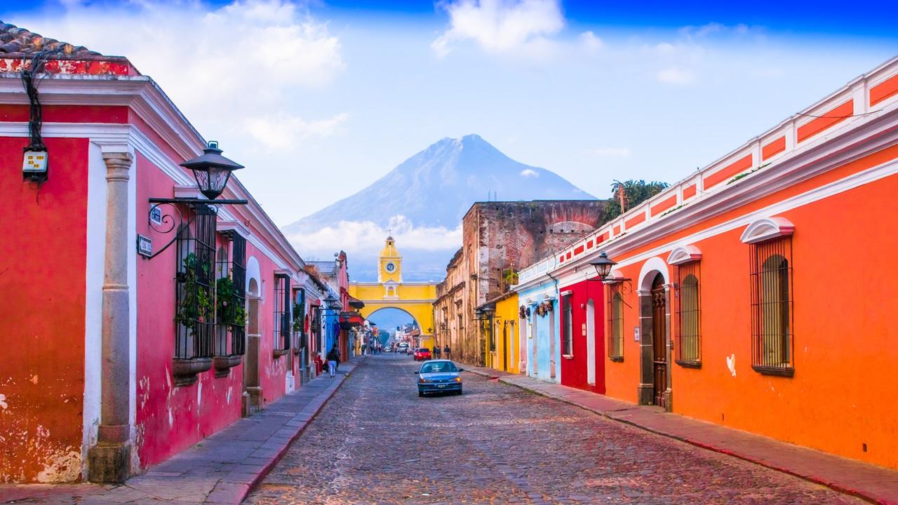 Dovolená Guatemala   © Pablo Hidalgo   Dreamstime.com