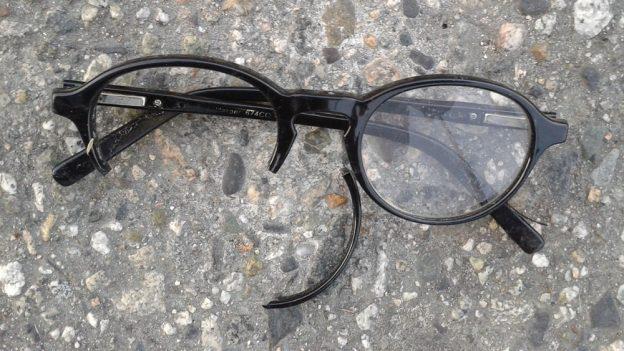Jak opravit brýle