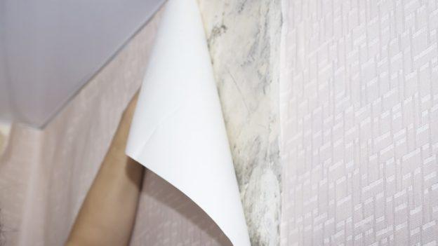 Jak opravit odlepenou tapetu