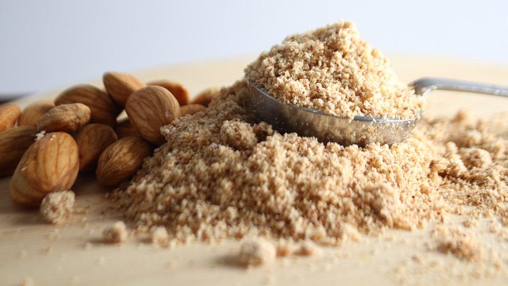 Jak vyrobit mandlovou mouku
