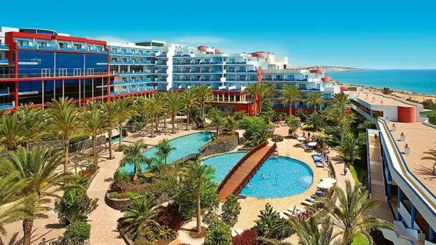 Kanárské ostrovy zPrahy na 8dní za 10990Kč (All Inclusive, 4* hotel)