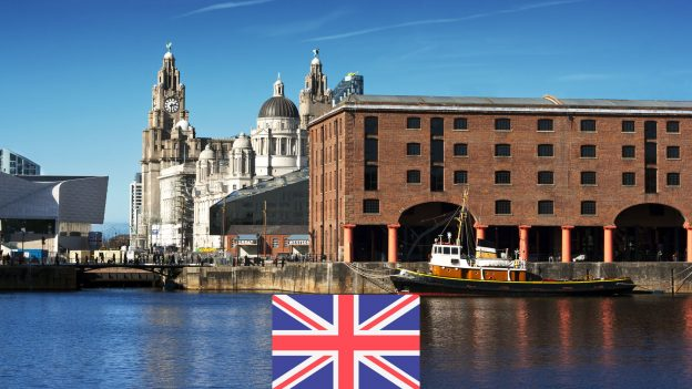 Liverpool zPrahy od 796Kč: Akční letenky na přelom roku