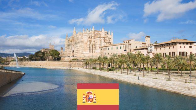 Palma Mallorca zPrahy za 3990Kč: Prodloužené víkendy vlistopadu 2021