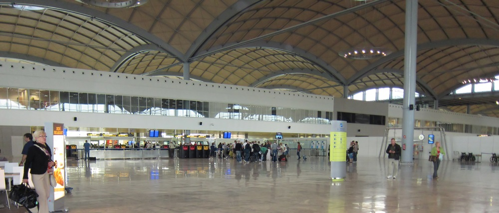 Letiště Alicante (ALC) | © Keith Williamson / Flickr