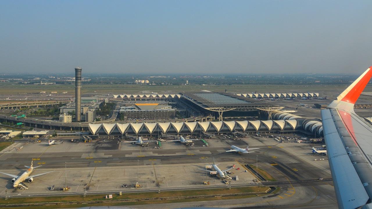 Letiště Bangkok Suvarnabhumi (BKK)   © Ninlawan Donlakkham   Dreamstime.com