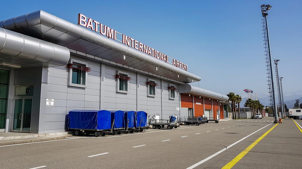 Letiště Batumi (BUS)   © Ironstuff   Dreamstime.com