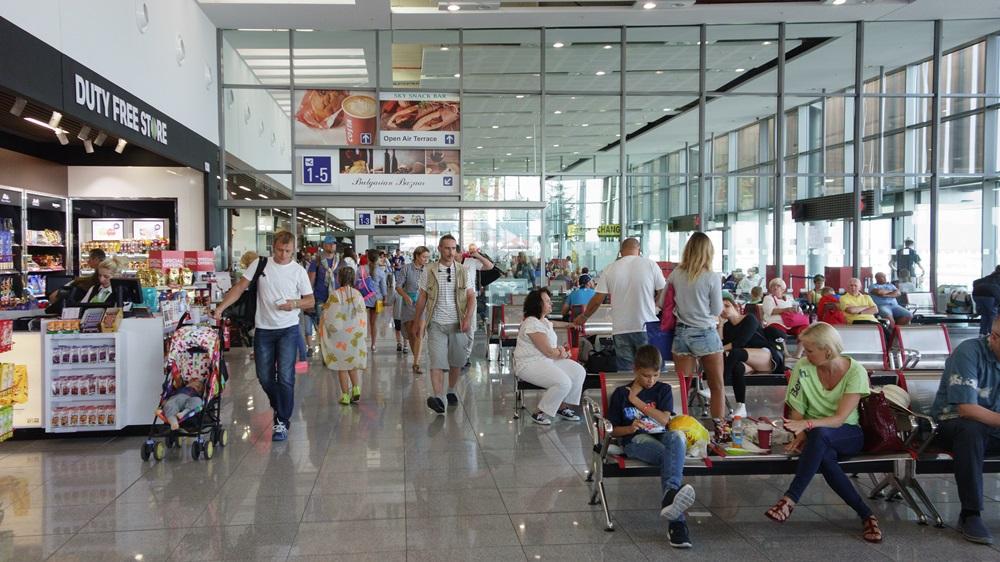 Letiště Burgas (BOJ) | © Krezofen - Dreamstime.com