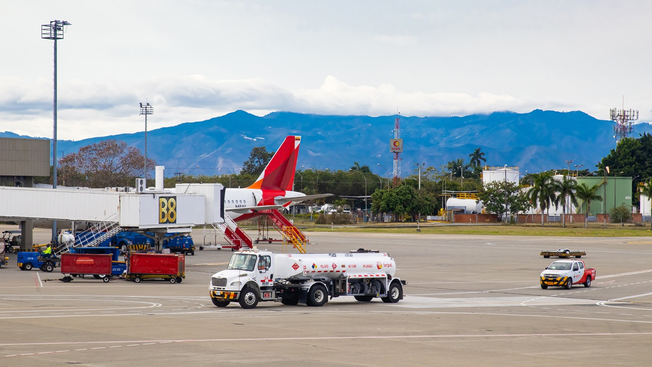 Letiště Cali (CLO)   © Anamaria Mejia   Dreamstime.com