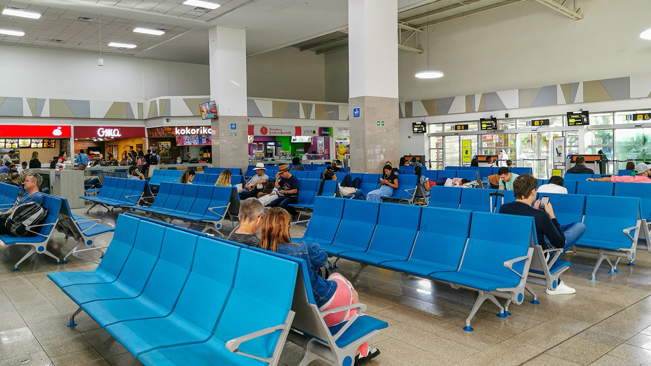 Letiště Cartagena (CTG) | © Pablo Hidalgo | Dreamstime.com