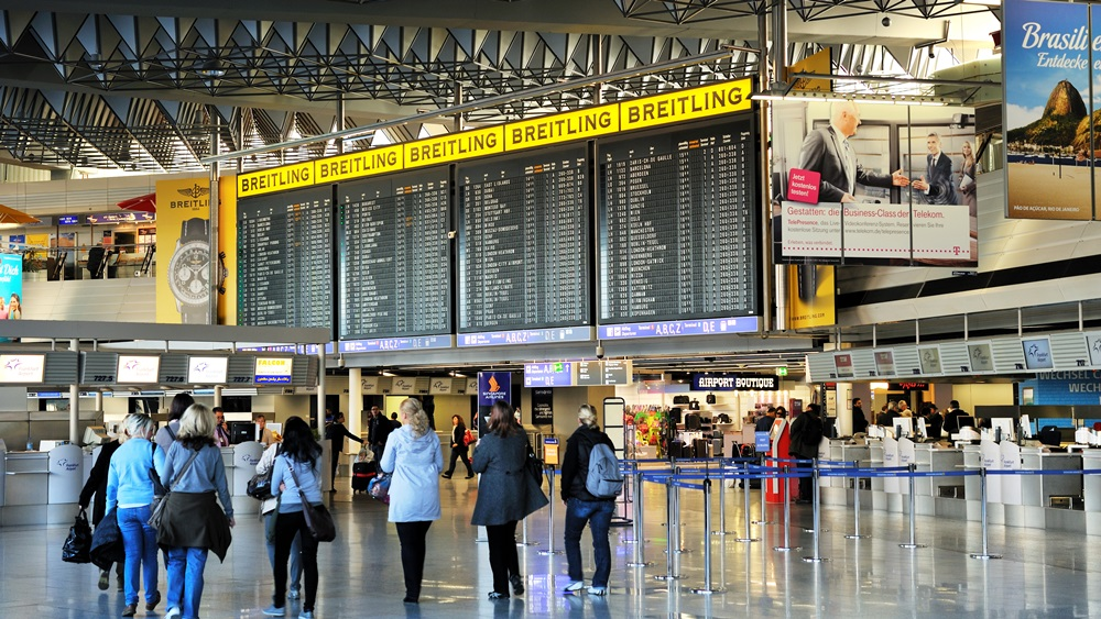 Letiště Frankfurt (FRA)   © Editor77   Dreamstime.com