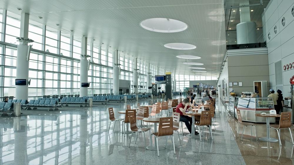 Letiště Jerevan (EVN)   © Alenmax - Dreamstime.com