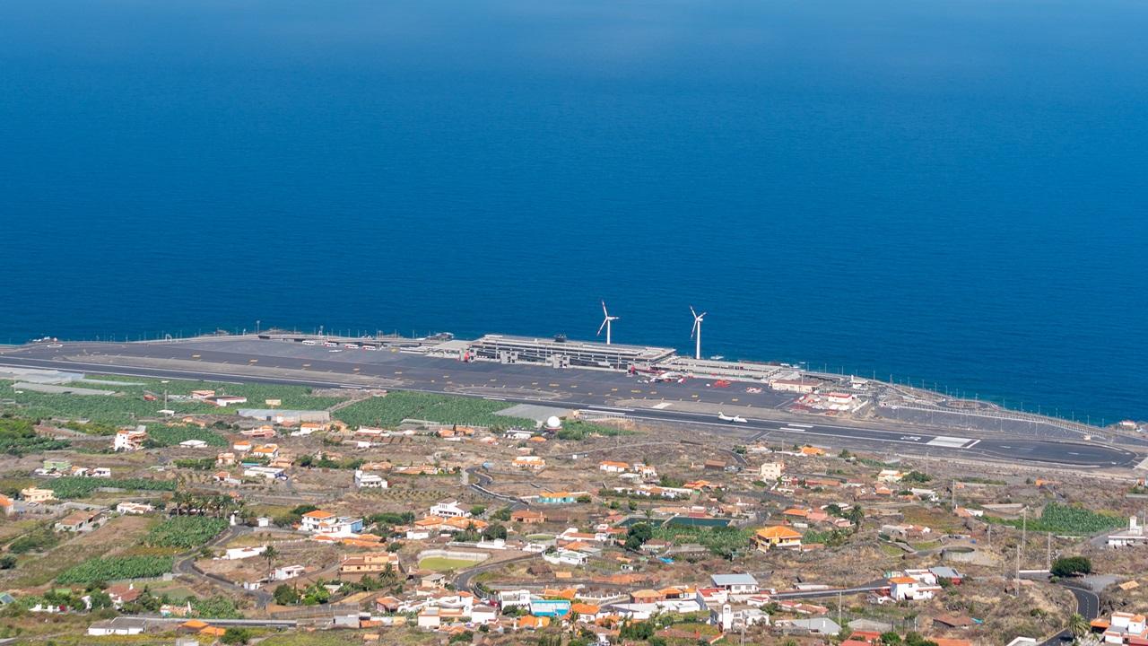 Letiště La Palma (SPC) | © Simone Tognon | Dreamstime.com