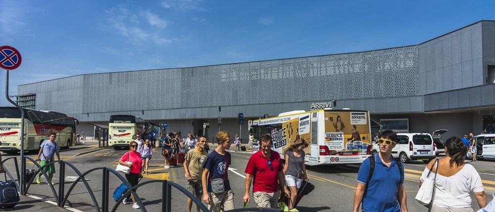 Letiště Milán Bergamo (BGY): Odlety, přílety, doprava 2020