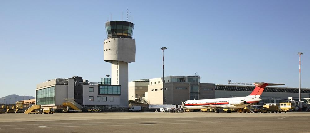Letiště Olbia (OLB)   © Andrey Shevchenko - Dreamstime.com