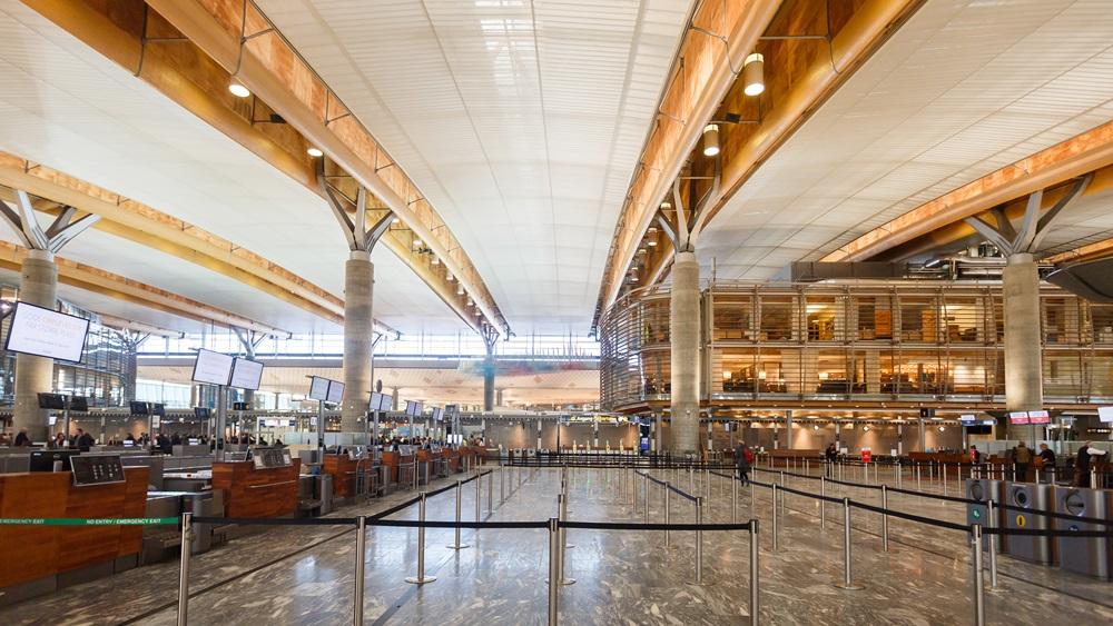 Letiště Oslo Gardermoen (OSL)   © Castenoid - Dreamstime.com