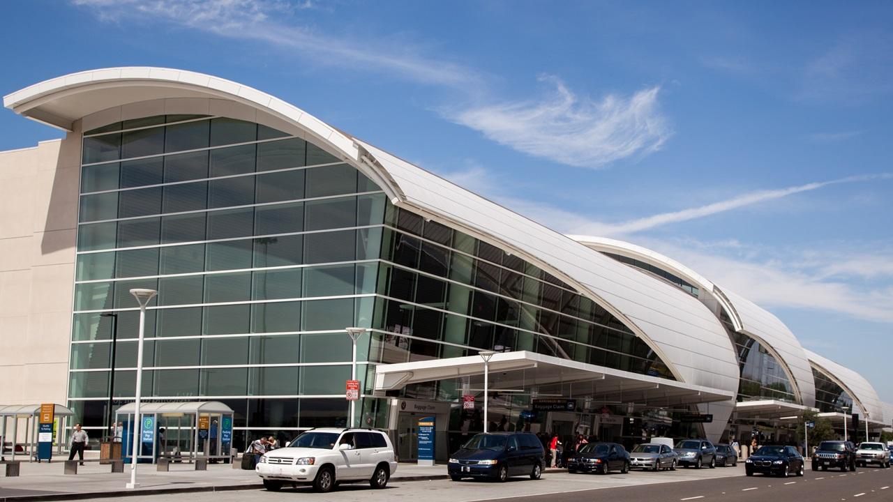 Letiště San Jose (SJC) | © 4snickers | Dreamstime.com