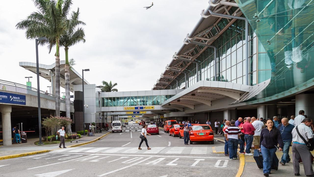 Letiště San Jose (SJO) | © Wollertz | Dreamstime.com