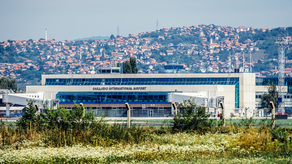 Letiště Sarajevo (SJJ)   © Fotokon - Dreamstime.com