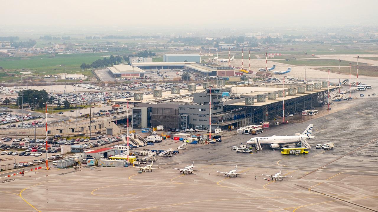 Letiště Soluň (SKG) | © Siempreverde22 | Dreamstime.com