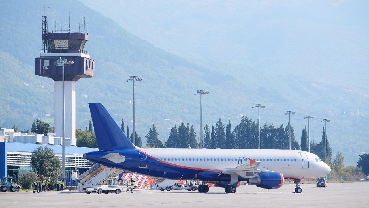 Letiště Tivat (TIV) | © Uatp1 | Dreamstime.com