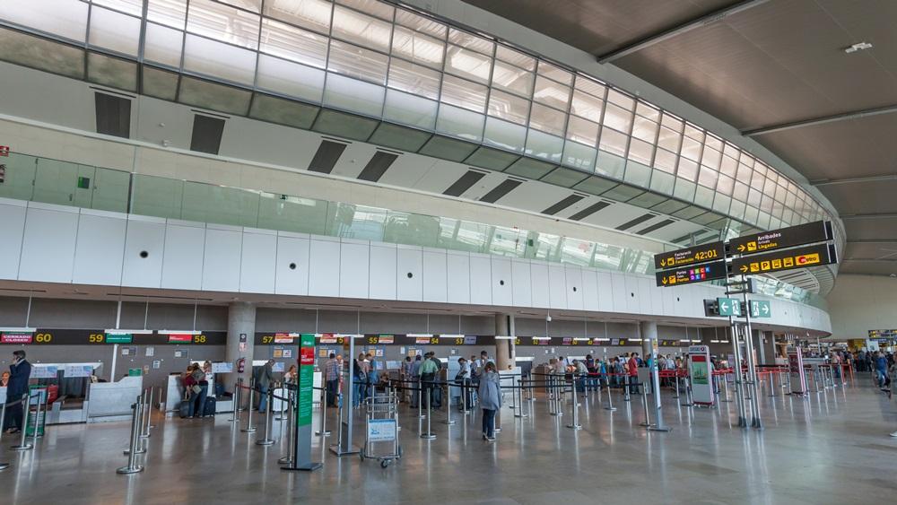 Letiště Valencie (VLC) | © Typhoonski - Dreamstime.com