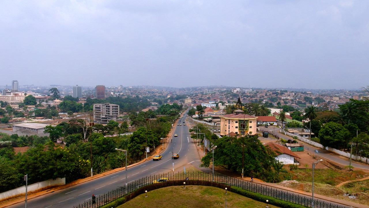 Letiště Yaoundé (NSI)   © Sergey Mayorov   Dreamstime.com