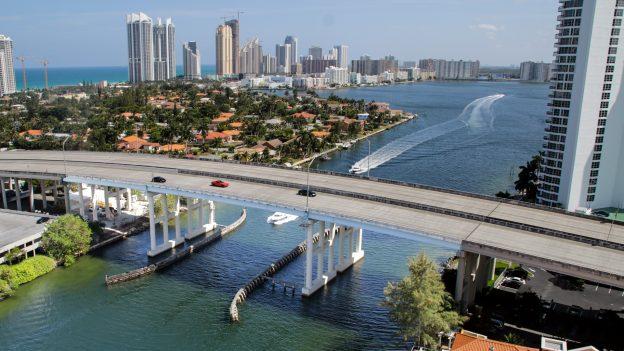 Levné letenky zČR: Miami za 10590 Kč, Londýn od 495 Kč, Bali za 13990Kč