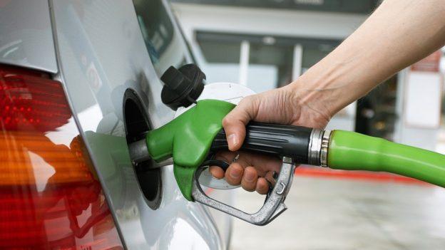Levný benzín uTank ONO: Natural 95 za 29,90 Kč, diesel za 30,50Kč