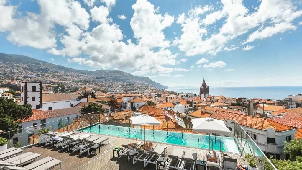 Madeira zPrahy na 8dní za 24964Kč (snídaně, 4* hotel)