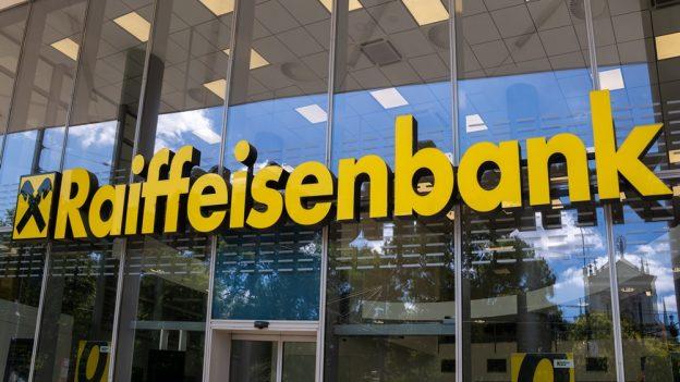 Nové eKonto SMART od Raiffeisenbank: Vedení, platby ivýběry ze všech bankomatů zdarma