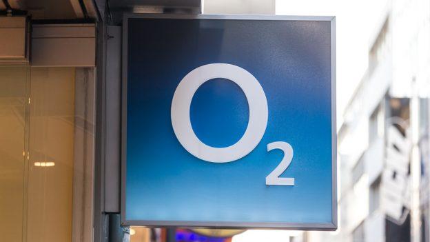 O2 mění podmínky mobilního internetu, místo zpomalení vám naúčtuje další balíček