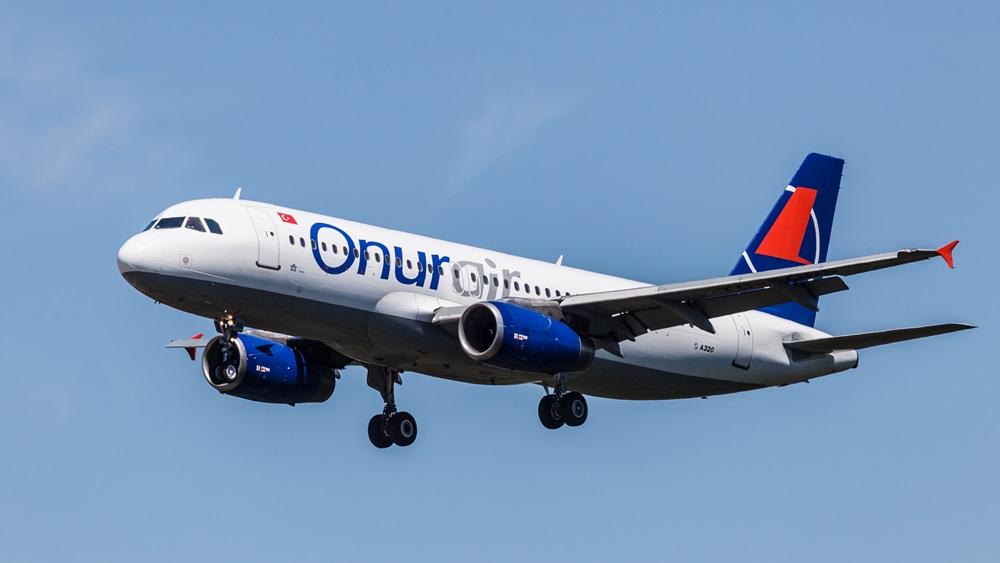 Onur Air | © Typhoonski | Dreamstime.com