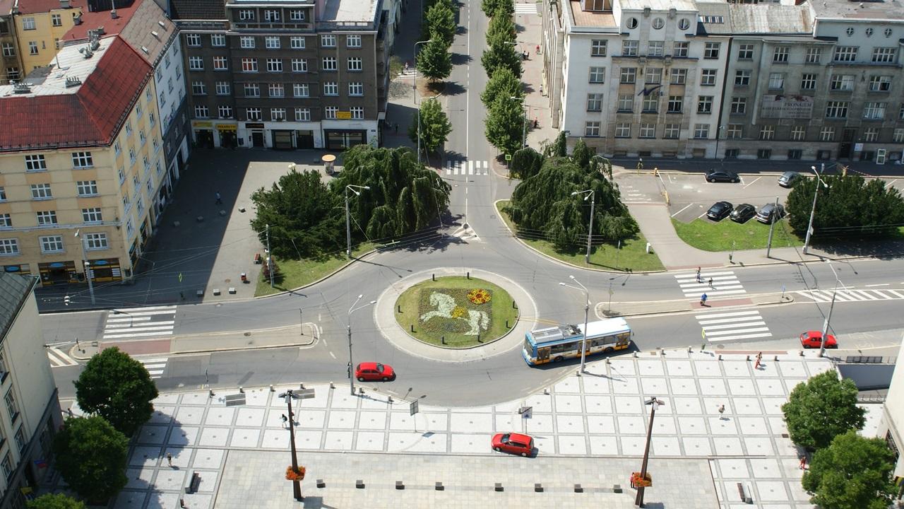 Parkování vOstravě 2021: Centrum, letiště, hlavní nádraží aSvinov