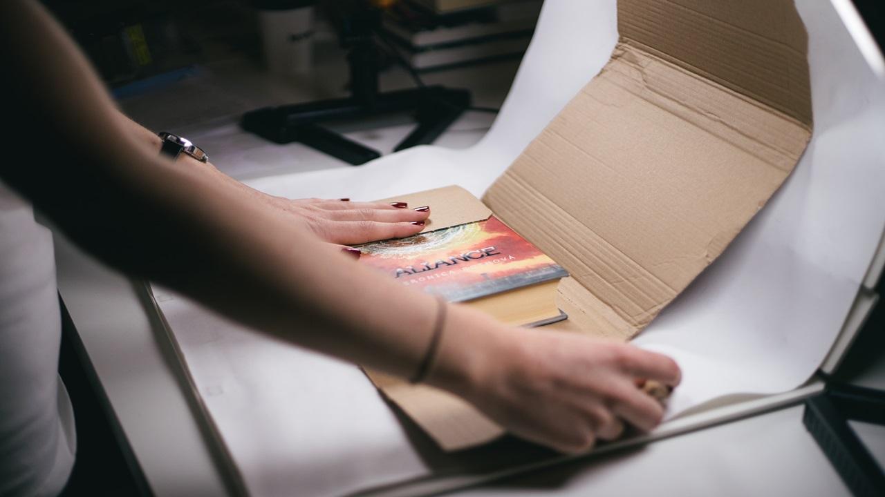 Recenze Reknihy: Vydělejte prodejem knih adejte jim nový život   © Pavlína Lindová