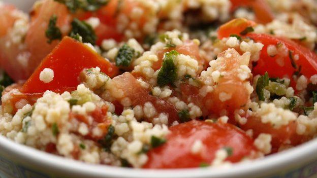Skrblíkova kuchařka: Recept na kuskus stuňákem arajčaty