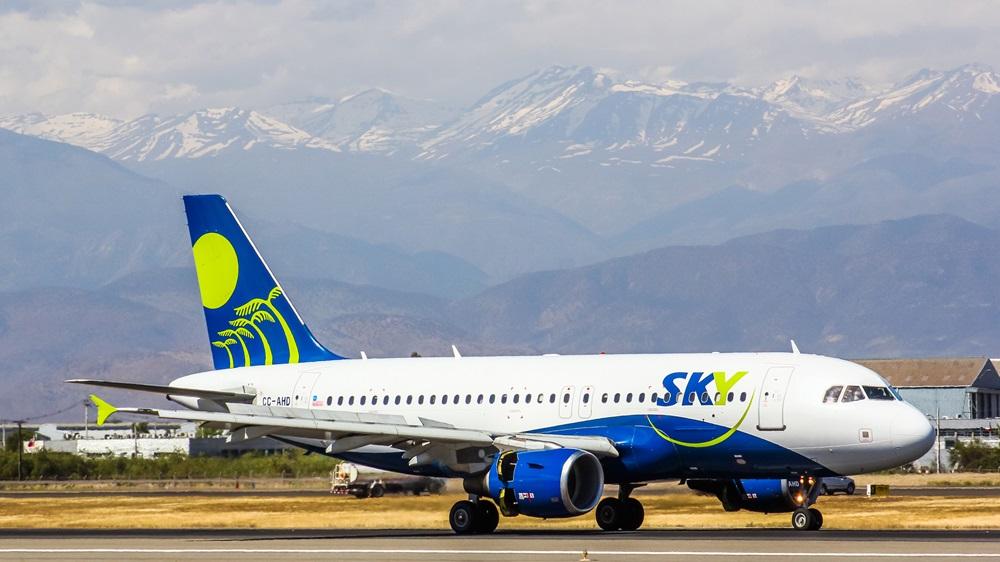 Sky Airline | © Artzzz | Dreamstime.com