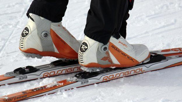 Spočítali jsme: Je výhodnější lyže koupit, nebo si je půjčit?