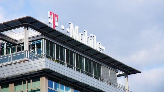 T-Mobile: Neomezená data na léto zdarma, knové SIM za 198Kč