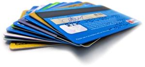 Pojištění platební karty 2021: Přehled, srovnání, kdy se vyplatí?