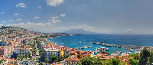 Neapol | © Dreamstime.com