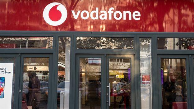 Vodafone vsrpnu změní podmínky, můžete tak ukončit smlouvu bez sankcí