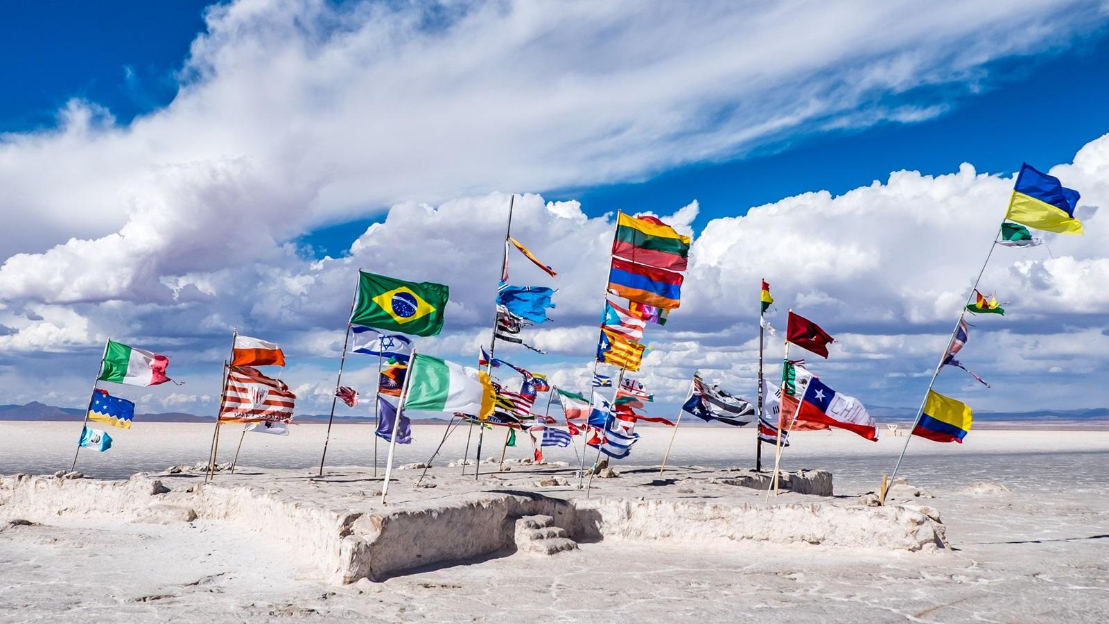 Cestovní průvodce po221 zemích světa